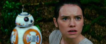 BB-8 and Rey (Daisy Ridley)..Ph: Film Frame..© 2014 Lucasfilm Ltd. & TM. All Right Reserved..