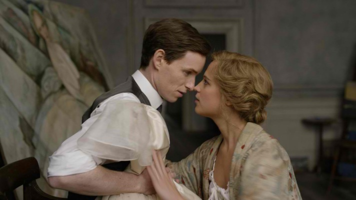 The Danish Girl-ERedmayne_AVikander_05