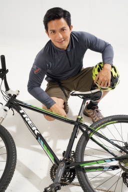 Dennis with bike pictorial